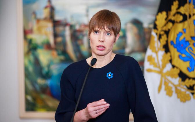 Президент Эстонии Керсти Кальюлайд обратилась в Госсуд с просьбой проверить на соответствие Конституции поправок к Закону о вооруженных силах, дающих право на скрытую слежку.