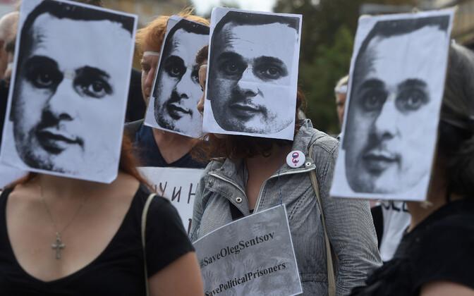 Meeleavaldus Sentsovi toetuseks Prahas.
