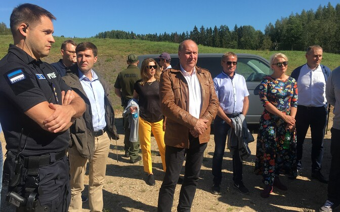 The government at Estonia's southeastern border: PPA Director General Elmar Vaher, Minister of Finance Martin Helme (EKRE), Minister of  Foreign Trade and IT Kert Kingo (EKRE), Minister of the Interior Mart Helme (EKRE), Minister of Public Administration