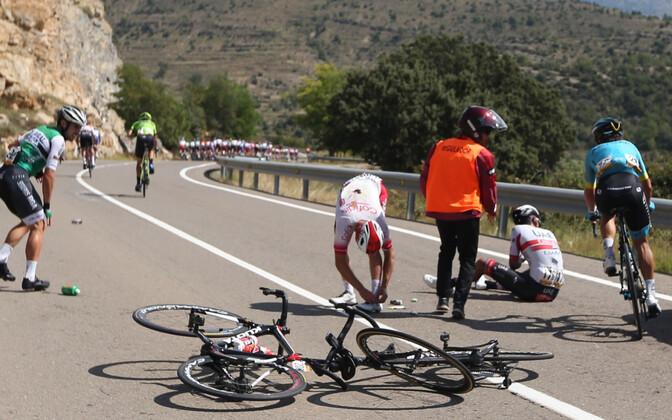 Kukkumine Vuelta kuuendal etapil