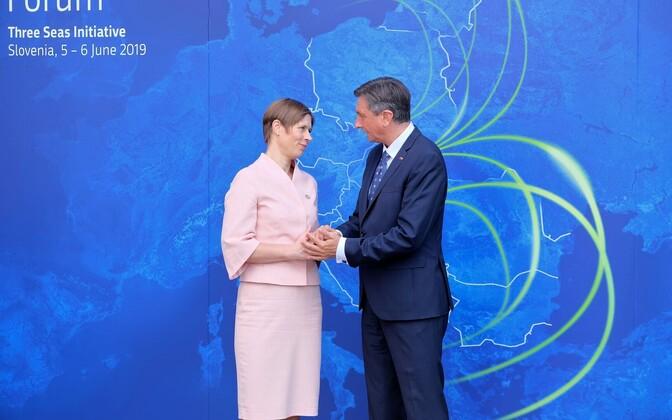 President Kersti Kaljulaidi ja Sloveenia president Borut Pahori kohtumine tänavu juunis Ljubljanas toimunud Kolme Mere Algatuse tippkohtumisel.