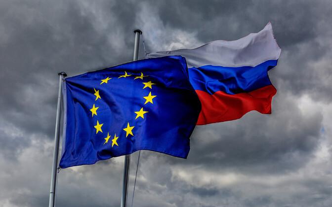 Euroopa Liidu ja Venemaa lipud.