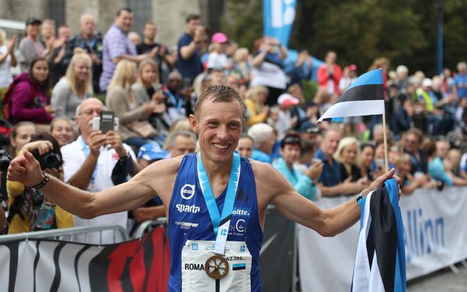 Eelmisel aastal Eesti meistritiitli võitnud Roman Fosti osaleb seekord Tallinna maratonil poolmaratoni distantsil.
