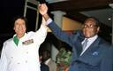 Robert Mugabe ja Muammar Gaddafi 2001.