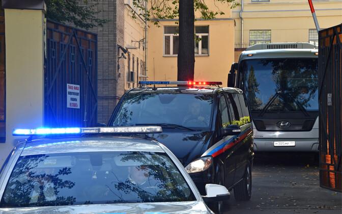 Bussid ukrainlastega lahkuvad Lefortovo vanglast