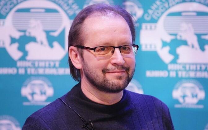 Андрей Кравчук  начинал как автор короткометражных и документальных фильмов.