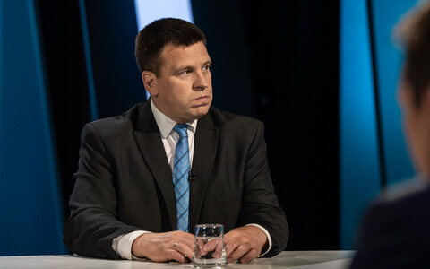 Jüri Ratas in the ETV studios earlier in the week.