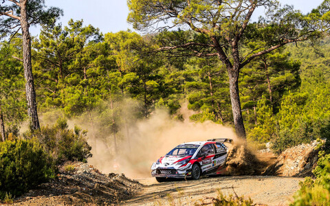 Ott Tänak and Martin Järveoja on the unforgiving gravel tracks of Rally Turkey.