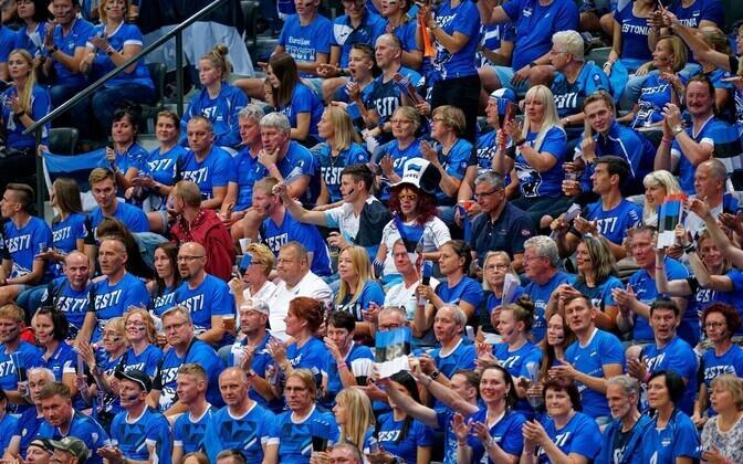 Eesti võrkpallifännid Rotterdamis