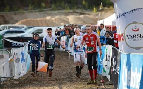 Meeste võitja finiš. Vasakult paremale: Timo Sild, Aleksi Karppinen, Joey Hadorn.