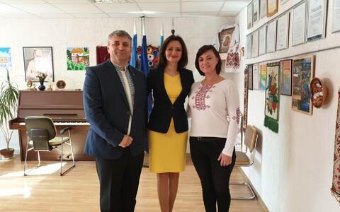 Посол Украины посетила занятия в воскресной школе.