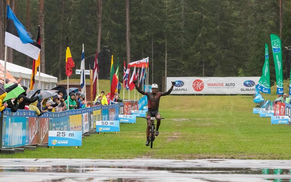 Gert Jõeäär Tartu rattamaratoni finišis.