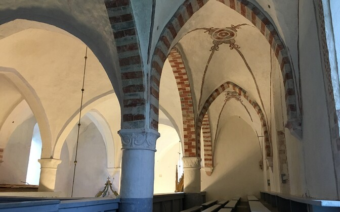 Restored late-medieval interior decorations in Koeru church.