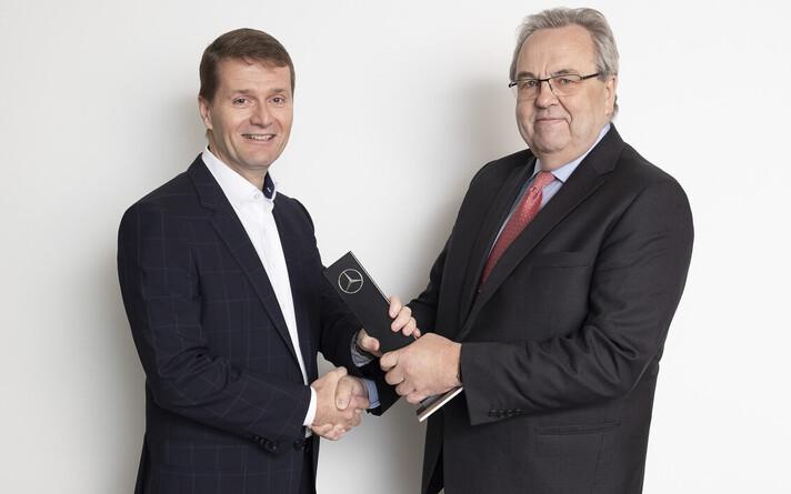 Юха Руотсалайнен (слева) и Вяйно Калдоя договорились о сделке.