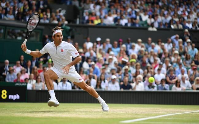 Roger Federer Wimbledoni tenniseturniiri finaalis 2019. aastal