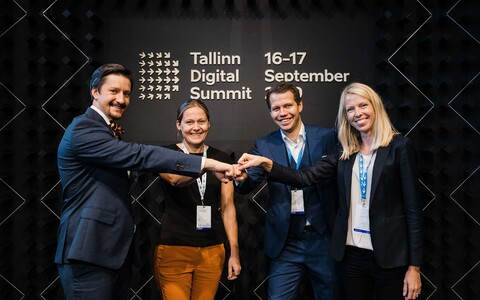 Estonian tech companies pledged to get green today at Tallinn Digital Summit. From right: Luukas Ilves (Guardtime), Hedi Mardisoo (Cachet), Janer Gorohhov (Veriff), Katrin Isotamm (Telia).