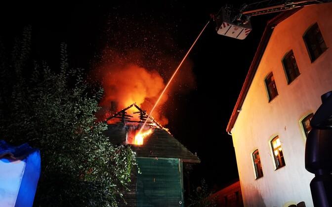 Pärnu kesklinnas põles neli hoonet.