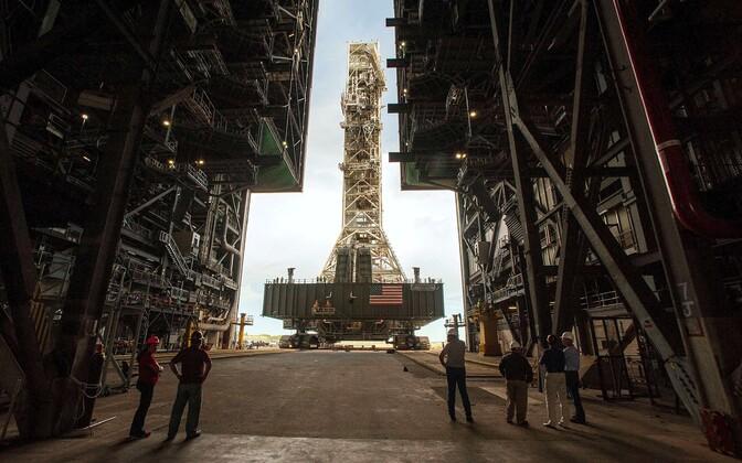 Artemise stardiplatvorm Kennedy kosmosekeskuses Cape Canaveralis Floridas.