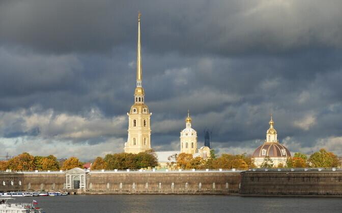 На поезде по электронной визе въезд в России пока невозможен.