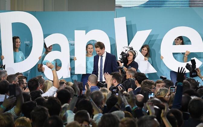 Партия бывшего канцлера Себастьяна Курца победила на выборах в Австрии.