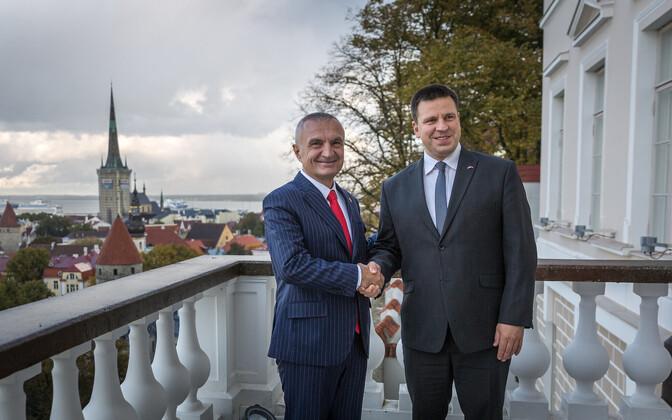 Премьер-министр Эстонии Юри Ратас и президент Албании Илир Мета.