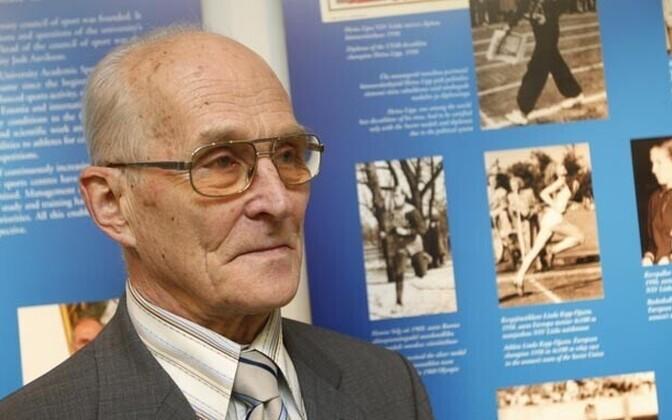 Ханно Сельг (1932-2019).