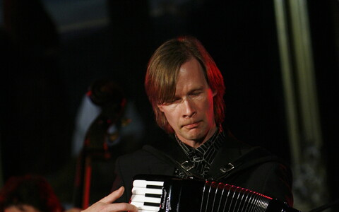 Akordionist Tiit Kalluste.