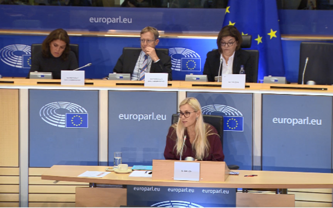 Kadri Simson addressing the European Parliament on Thursday morning.