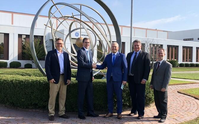 Представители GE Hitachi (GEH) и Fermi Energia.