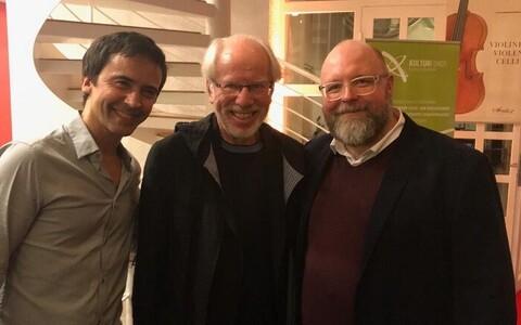 Jüri Reinvere koos Jean-Guihen Queyrase ja Gidon Kremeriga.