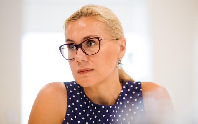 Candidate for European Commissioner Kadri Simson (Centre).