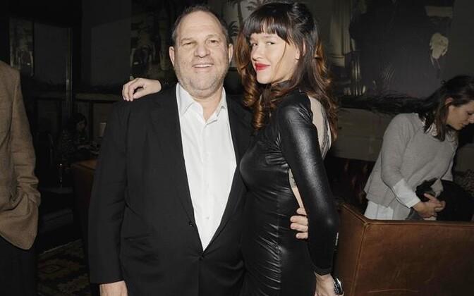 """Harvey Weinstein koos näitleja Paz de la Huertaga, kes esitab Weinsteinile filmis """"Puutumatu"""" vägistamissüüdistuse"""