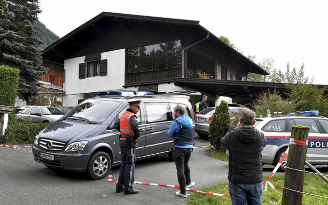 На горнолыжном курорте были убиты пять человек.