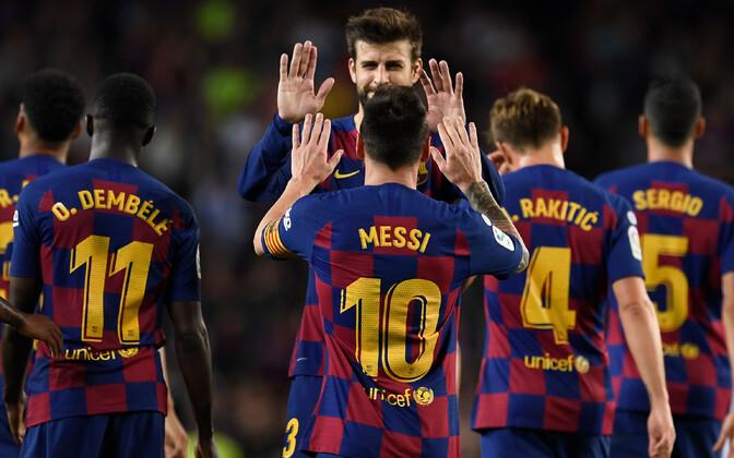 Võidukas Barcelona meeskond