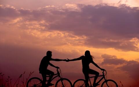 Kas sinu suhted teiste inimestega muutuvad üha õhemaks ja pinnapealsemaks, sest olemasolev suhe hoiab sind liiga kõvas haardes?