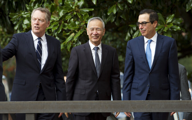 USA kaubandusesindaja Robert Lighthizer, Hiina asepeaminister Liu He ja USA rahandusminister Steven Mnuchin.