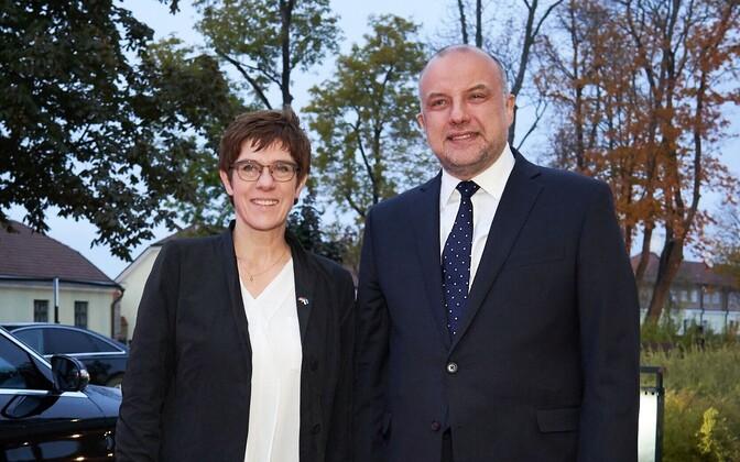 Annegret Kramp-Karrenbauer ja Jüri Luik 10. oktoobril Tallinnas.