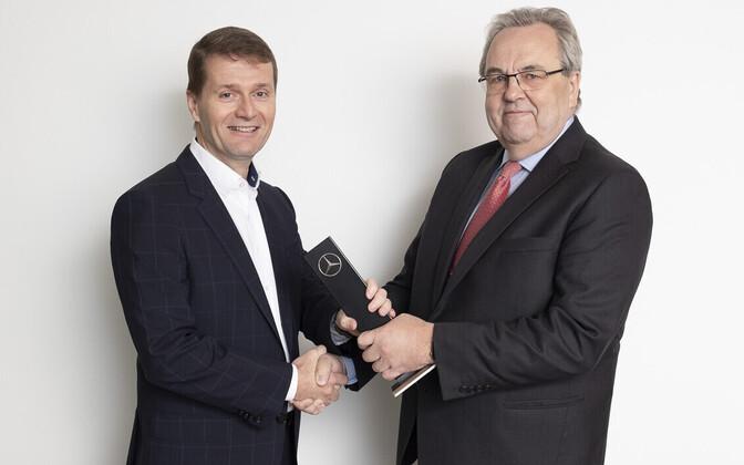 Veho juhatuse esimees Juha Ruotsalainen ja Väino Kaldoja