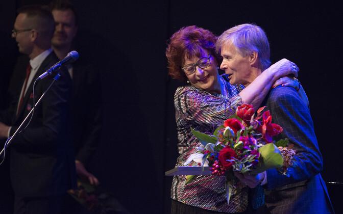 Auhind anti Tiit Kallustele üle pühapäeval tema heliplaadi