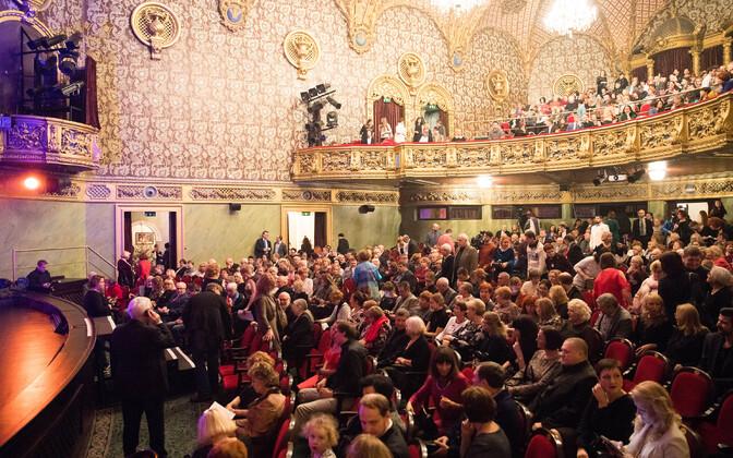 Русский театр поменяет репертуар.