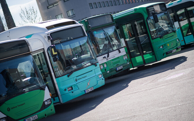 Tallinn city buses. Image is illustrative.