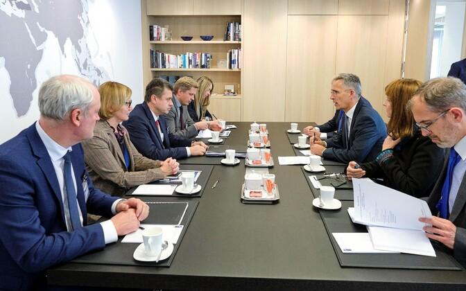 Встреча главы МИД Эстонии Урмаса Рейнсалу с генсеком НАТО Йенсом Столтенбергом.