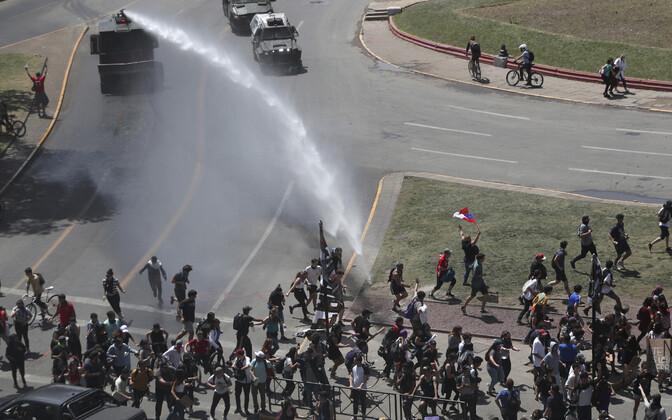 Massirahutused Tšiili pealinnas.