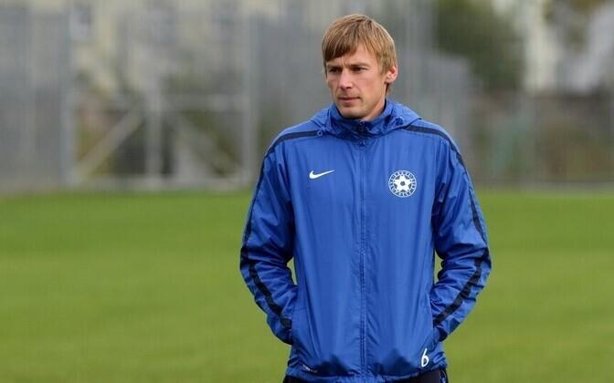 Александр Дмитриев провел 106 матчей за сборную.