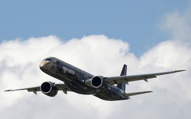Lennuk Embraer E195-2 tänavu 2019. aasta juunis Pariisi lennundusnäitusel.