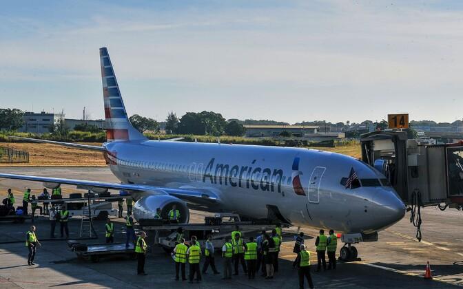 2016 esimese USA kommertslennuna Jose Marti lennujaama saabunud American Airlinesi lennuk.
