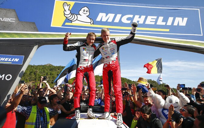 Co-driver Martin Järveoja (left) and driver Ott Tänak (right) after clinching the 2019 WRC world champion title in Catalunya.