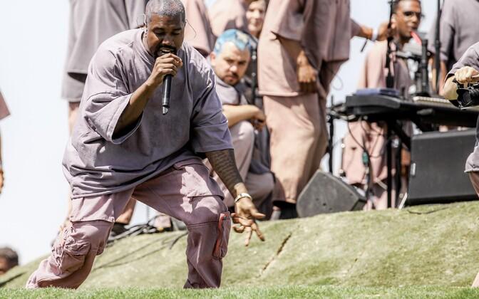 Kanye West ja tema Sunday Service Coachella muusikafestivalil 2019. aasta aprillis.
