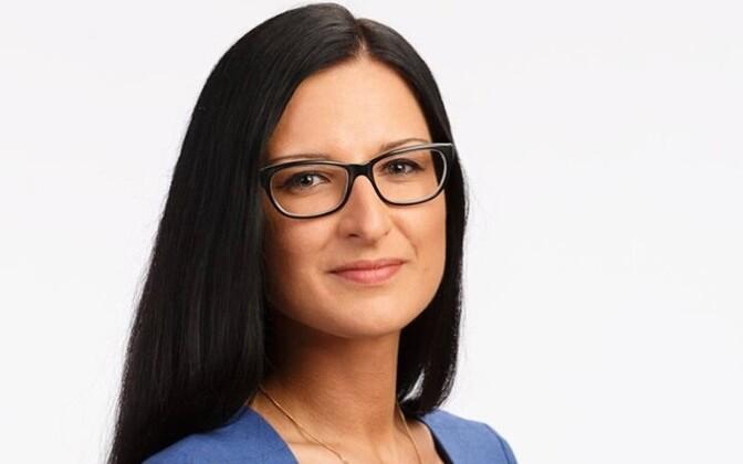 Юлианна Юрченко покидает районную управу.