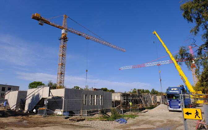 Construction underway in Narva.